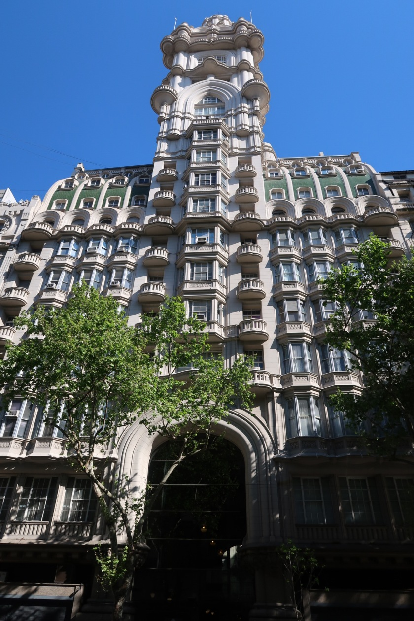 Buenos Aires building inspired by the Divine Comedy